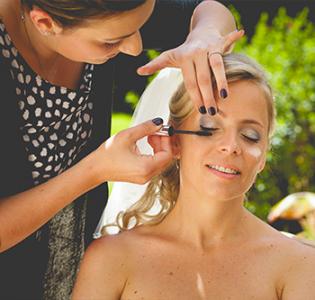 ambiance-bien-etre-institut-de-beaute-quimperle-maquillage
